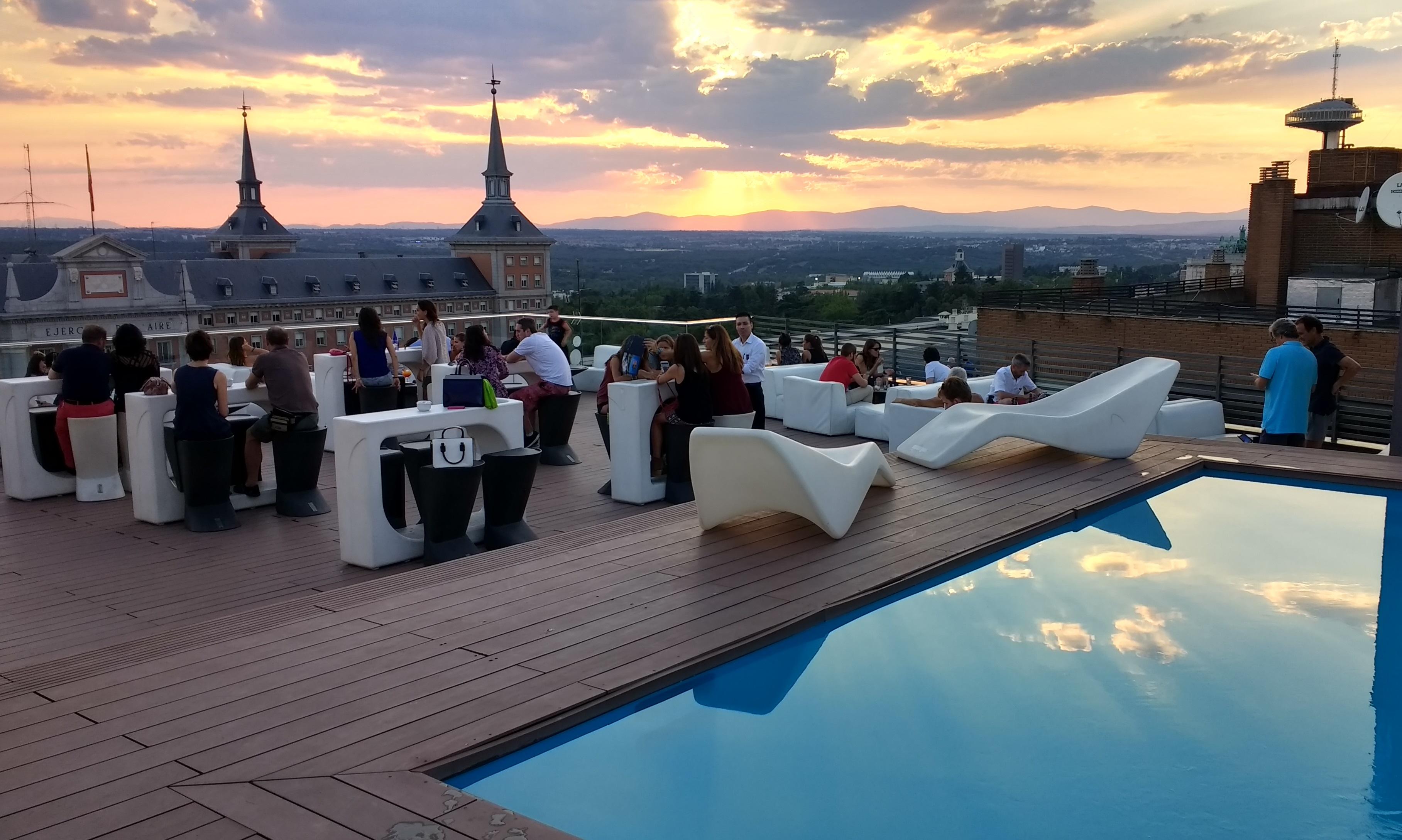 Las 10 Mejores Piscinas De Hotel En Madrid Artículo Blog
